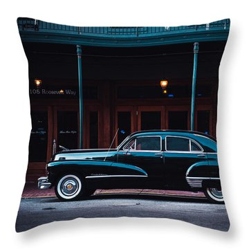Nola Caddie Throw Pillow