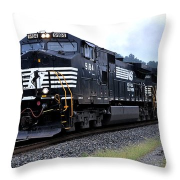 Norfolk Southern 9184 Through Stockbridge Georgia Throw Pillow