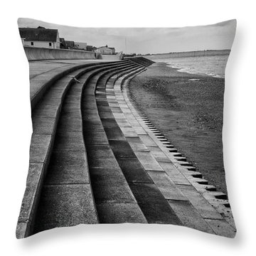 North Beach, Heacham, Norfolk, England Throw Pillow