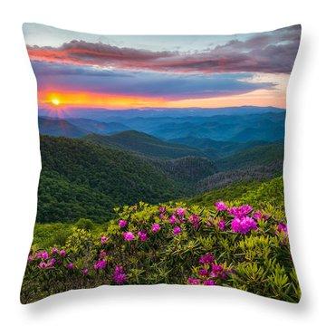 North Carolina Blue Ridge Parkway Landscape Craggy Gardens Nc Throw Pillow
