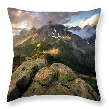 North Cascades National Park Throw Pillow