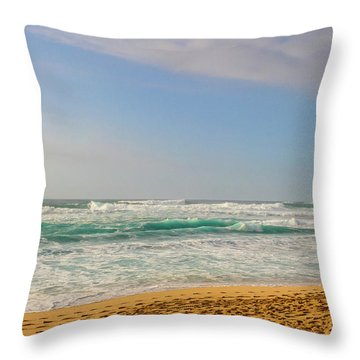 North Shore Waves In The Late Afternoon Sun Throw Pillow