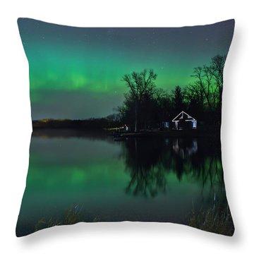 Northern Lights At Gull Lake Throw Pillow