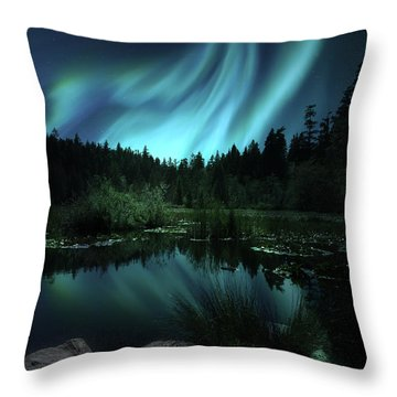 Northern Lights Over Lily Pond Throw Pillow