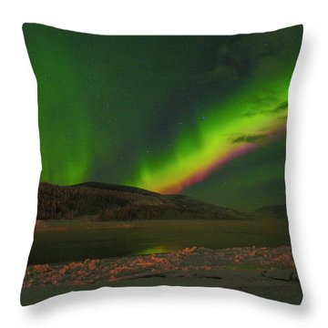 Throw Pillow featuring the photograph Northern Northern Lights 3 by Phyllis Spoor