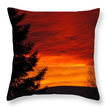 Northern Sunset 2 Throw Pillow