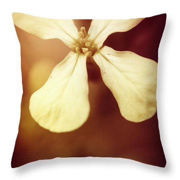 Nostalgic Wildflowers Throw Pillow