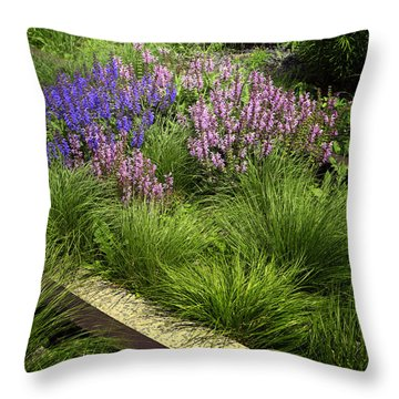 Nyc Chelsea High Line Throw Pillow