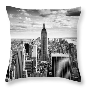 Nyc Skyline Throw Pillows