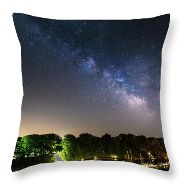 Oak Orchard Milky Way Throw Pillow