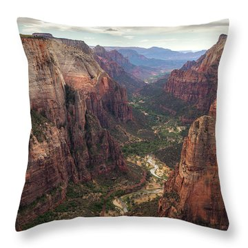 Observation Point - Zion Throw Pillow