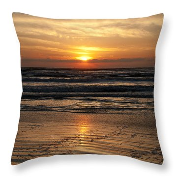 Ocean Sunrise Throw Pillow