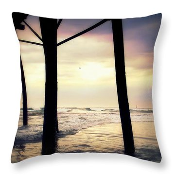Throw Pillow featuring the photograph Oceanside - Late Afternoon by Glenn McCarthy