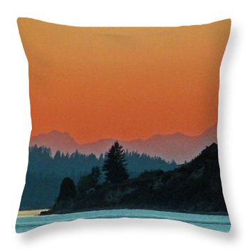 Ode To Elton Bennett Throw Pillow by Chris Anderson