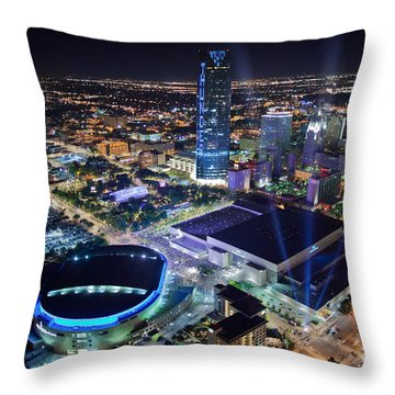 Okt001-26 Throw Pillow