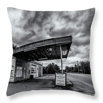 Old Auto Garage In Ellershouse Throw Pillow by Ken Morris
