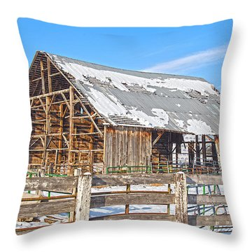 Old Barn In Idaho Throw Pillow