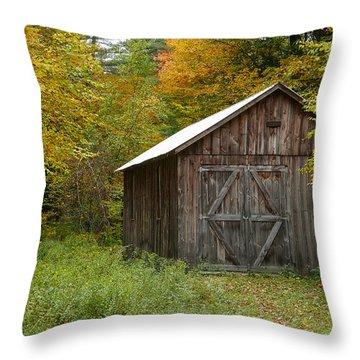 Old Barn New England Throw Pillow