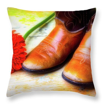 Old Boots And Daisy Throw Pillow by Garry Gay