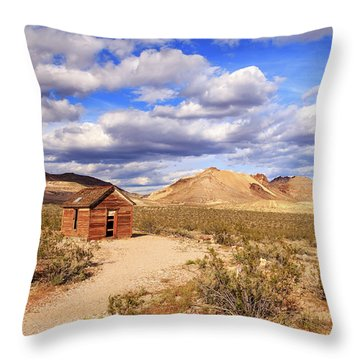 Throw Pillow featuring the photograph Old Cabin At Rhyolite by James Eddy