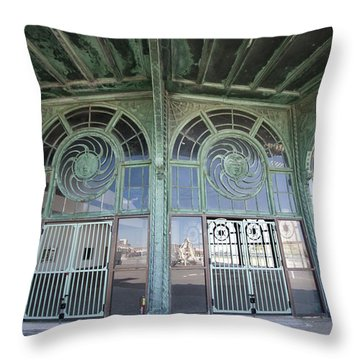 Old Carousel House Throw Pillow