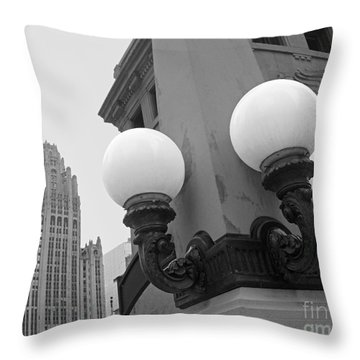 Old Chciago Street Lamps Bw Throw Pillow by Cheryl Del Toro