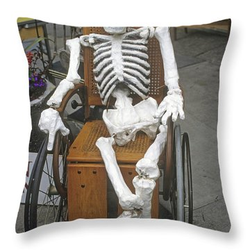 Old Deadheads Never Die Throw Pillow
