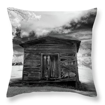Old Farm Shed II Throw Pillow