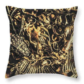 Old-fashioned Deer Jewellery Throw Pillow