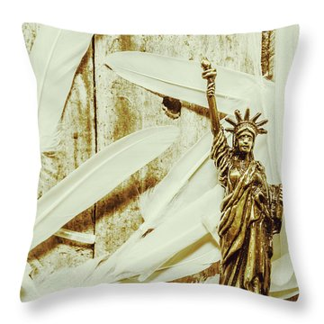 Old-fashioned Statue Of Liberty Monument Throw Pillow