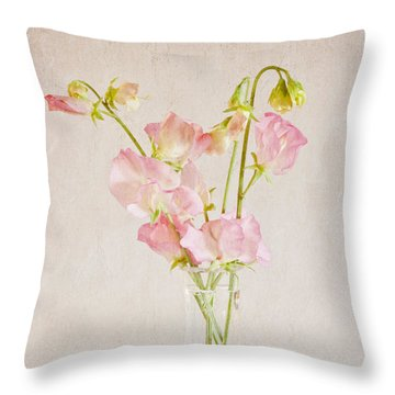 Old Fashioned Sweet Peas Throw Pillow by Sandra Foster