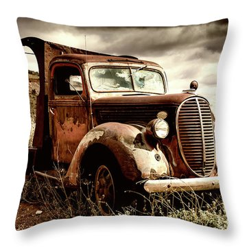 Old Ford Truck In Desert Throw Pillow