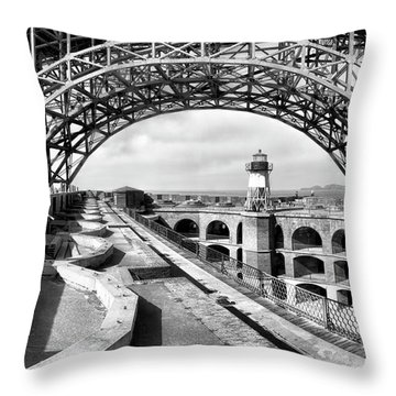 Old Fort Point Lighthouse Under The Golden Gate In Bw Throw Pillow