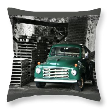 Old Green Truck Throw Pillow