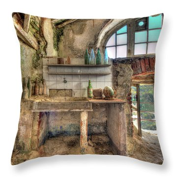 Old Kitchen - Vecchia Cucina Throw Pillow