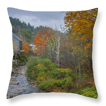 Old Mill New England Throw Pillow