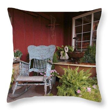 Old Rockin' Chair Throw Pillow