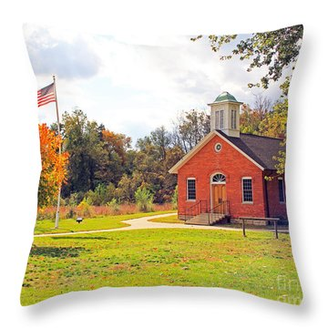 Old Schoolhouse-wildwood Park Throw Pillow