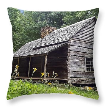 Old Settlers Cabin Smoky Mountains National Park Throw Pillow