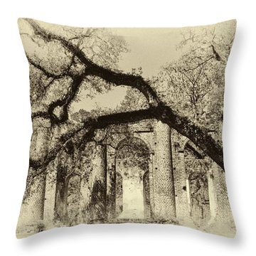 Old Sheldon Church Ruins Bw Throw Pillow