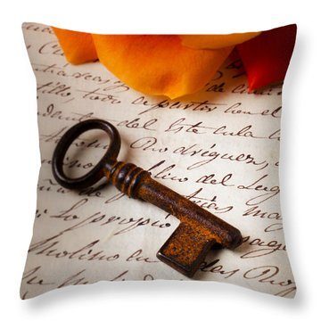 Old Skeleton Key On Letter Throw Pillow by Garry Gay