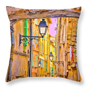 Old Town Nizza, Southern France Throw Pillow