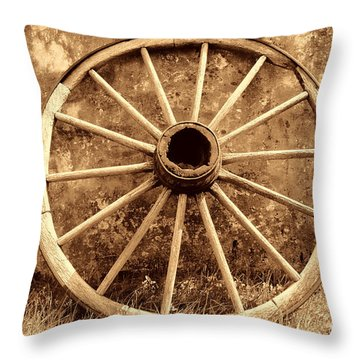 Old Wagon Wheel Throw Pillow