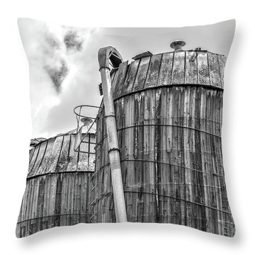 Old Wooden Silos Ely Vermont Throw Pillow