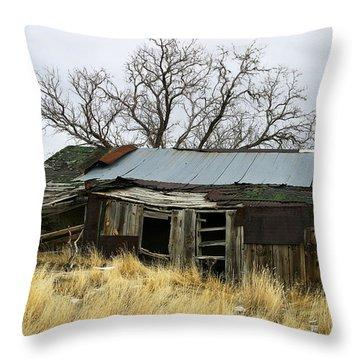 Old Wyoming Farmhouse Throw Pillow