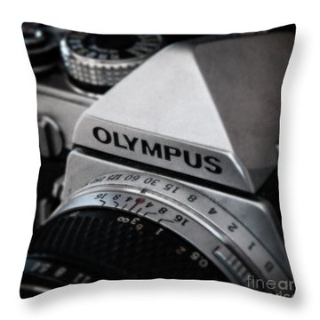 Throw Pillow featuring the photograph Om-1 - D010028b by Daniel Dempster