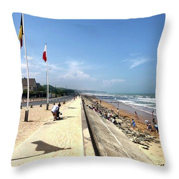 Omaha Beach 2018 Throw Pillow
