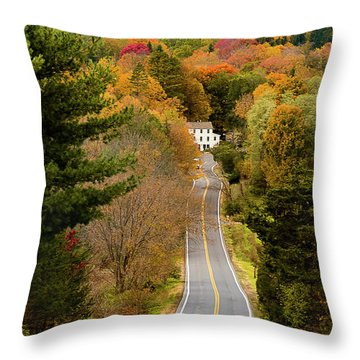 On The Road To New Paltz Throw Pillow