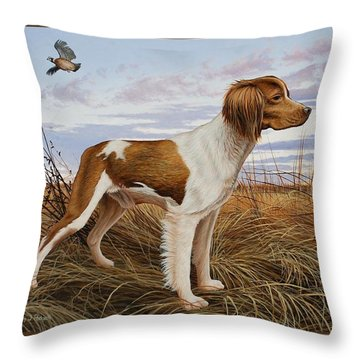 On Watch - Brittany Spaniel Throw Pillow