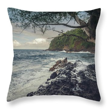 Onomea Bay Throw Pillow